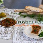Crostini veloci di olive e carote