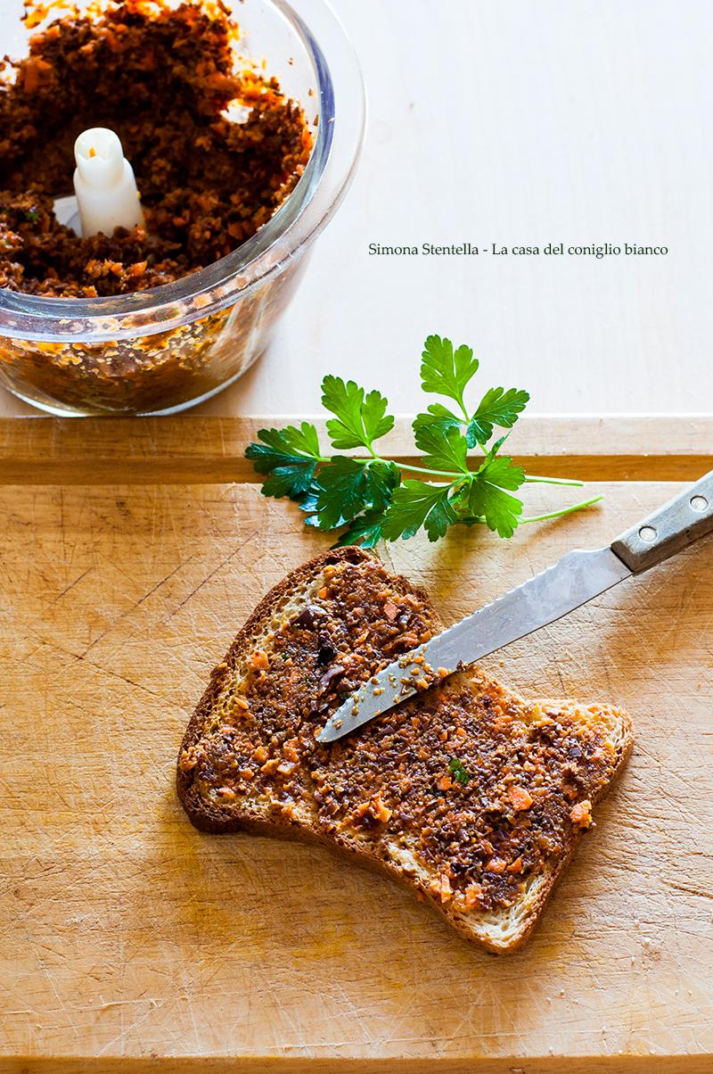 Crostini veloci carote e olive